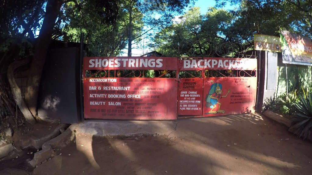 Shoestring Backpackers entrance